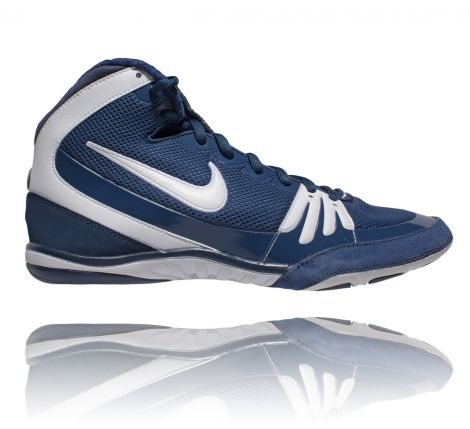 NIKE FREEK WRESTLING SHOES - NAVY/WHITE